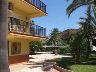 Apartment 300m from the beach