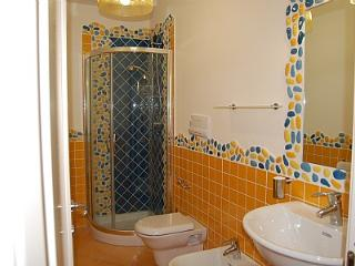 Acciaroli Villa Sleeps 4 with Air Con - 5228682