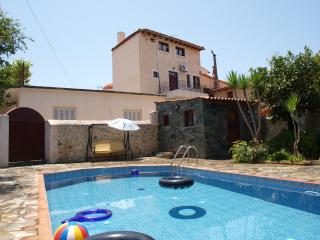 LIAKOS VILLA WITH PRIVATE POOL OF 36 M2