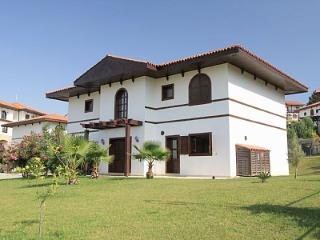 Villa Laurus, Tasagil
