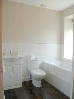 En- suite bathroom 1