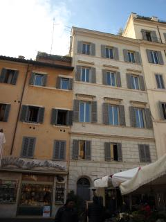 building from campo de fiori