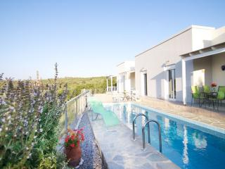 semi detached bungalow in Crete, great seaview, Rethymno