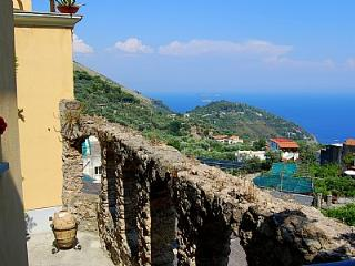 Nerano Villa Sleeps 4 with Pool - 5228727
