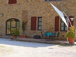 Casa Gladiolo B, Riparbella