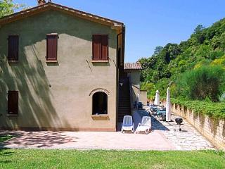 Riparbella Villa Sleeps 3 with Pool - 5228866