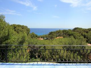 2405 Seafront villa with hot tub and sauna, La Seyne-sur-Mer