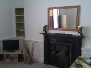 Luxury Holiday Apartment, Central Bath