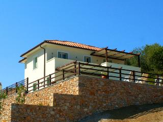 Alonissos Villas