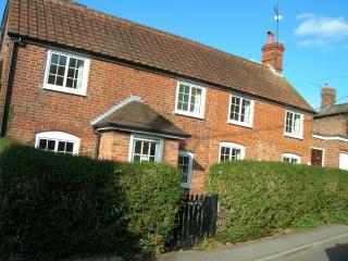 Large Spacious Detached Cottage