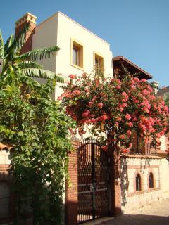 Villa Poseidon : General View