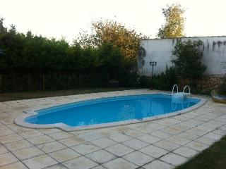 4 Bed Cottage in Crazannes with private pool