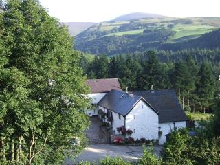 Dee Valley Cottages - Swallows Cottage, Llangollen