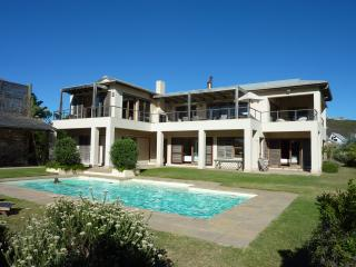 Khusela House, beach sea pool Extra Garden Lodge, Plettenberg Bay