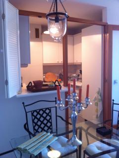 Dining area & kitchen.