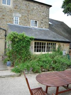 Manor Cottage exterior