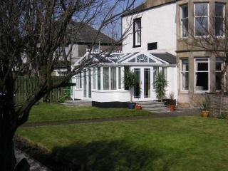 Chesterhill House Garden Apartment with stunning sea views, Anstruther