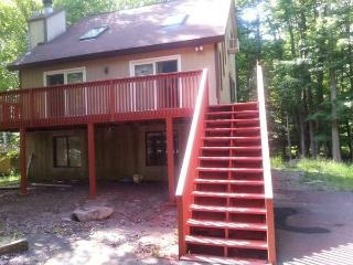 Modern 5 BR Close to ski hill, winter discount ., Lake Ariel