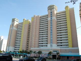 Beautiful 2 bedroom / 2 bathroom Oceanfront Condo, North Myrtle Beach