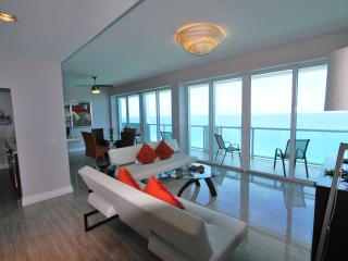 Awesome Penthouse Oceanview, Miami Beach