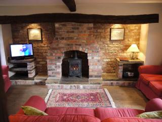 Ferry Cottage - Chestnut Farm Cottages, York