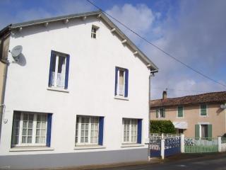 Les Patidoux House in Deux Sevres