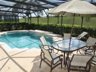 155SRD. Executive 5 Bedroom 4 Bathroom Pool Home with Conservation View