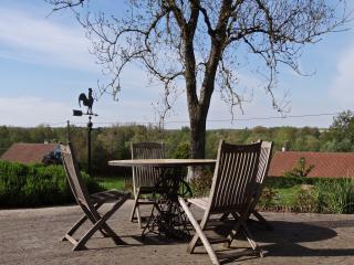 La maison La Caloterie, calme et grand jardin