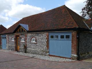 2 Moatside Cottage