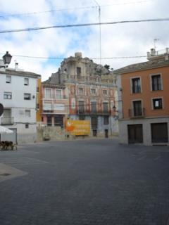 Castella 10 minutes away