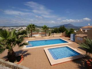 3 bedroom Villa with Pool and Air Con - 5410341