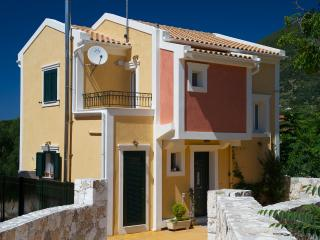 STUNNING TRANQUIL  2 BEDROOM   VILLA WITH PRIVATE POOL