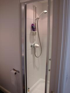 Mallard: en suite shower