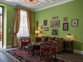 Constantinople Suite, Chania