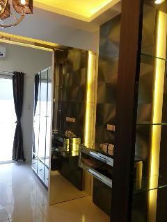 Mirror partition
