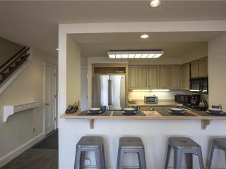 Blue Mesa - 2 Bedroom + Loft Condo #4 - LLH 58131, Telluride