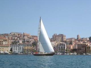 Classic Sailing Yacht for Romantic Cruising in the Med