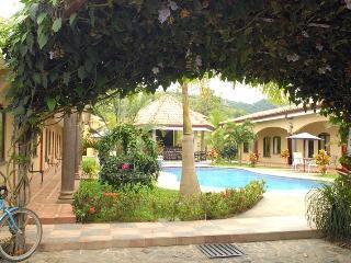 Las Brisas Resort, Playa Hermosa