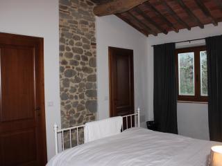 Villa Castagna_master bedroom