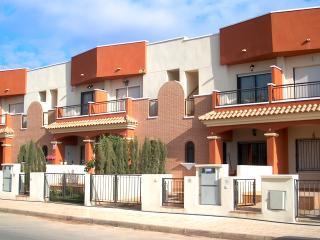 136 Calle Azafran, Villamartín
