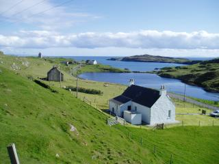 Harris WHITE Cottage - romantic traditional sea facing crofters cottage