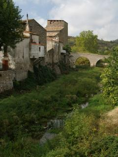 Cascastel village (2)