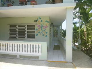 DRAGONFLY INN, Culebra
