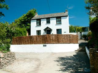 Tresawle - Crantock Village