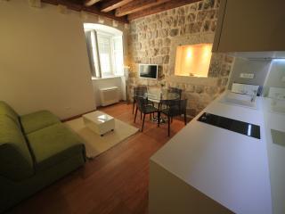 Nije presa Old Town - Ap  Maro, Dubrovnik