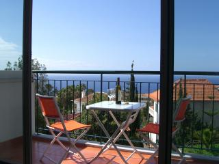 Alta do Garajau - Modern Apartment with WIFI, Madeira