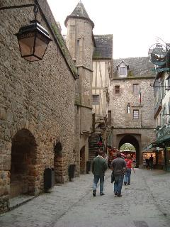 Mont St Michel streets