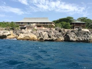Blow Hole - Oracabessa 5 Bedrooms, Ocho Ríos
