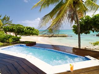 Four Winds - Ocho Rios 5 Bedrooms beachfront