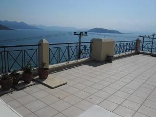 Dream terrace loft apartment Aegina marathwnas, Egina